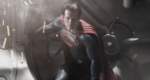 First-Image-of-Henry-Cavill-as-Superman-in-Man-of-Steel